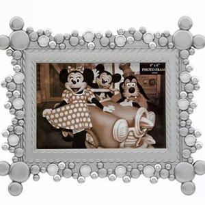 BNIB Disney Metal 4x6 Frame